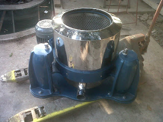 mesin laundry, extractor