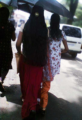 Enchanting beauty of long hair on streets- ultimate spy picture !.