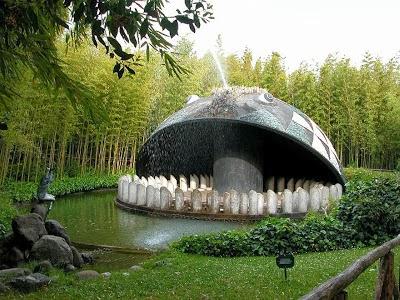 Interior del Parque Pinocho en Collodi, Italia
