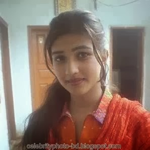 Deshi+girl+real+indianVillage+And+college+girl+Photos024