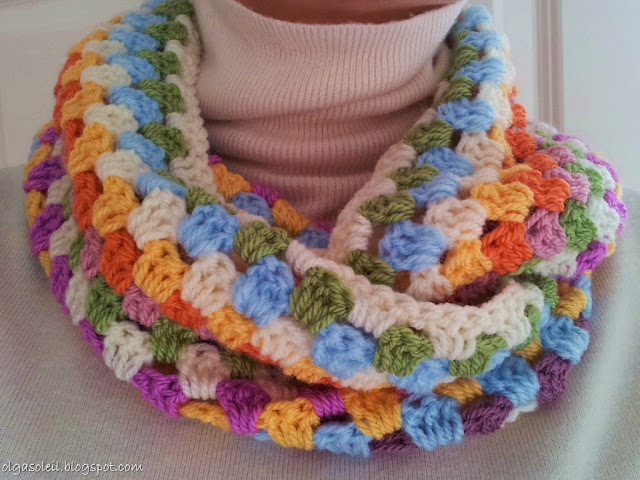 Granny Stripe Cowl 3