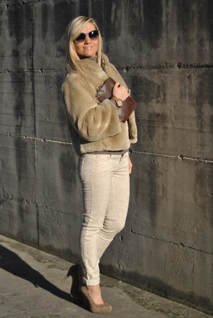 outfit marrone come abbinare il marrone abbinamenti marrone how to wear brown how to combine brown how to match brown brown outfit outfit casual invernali outfit da giorno invernale outfit gennaio 2016 january  outfit january 2016 outfits casual winter outfit mariafelicia magno fashion blogger colorblock by felym fashion blog italiani fashion blogger italiane blog di moda blogger italiane di moda fashion blogger bergamo fashion blogger milano fashion bloggers italy italian fashion bloggers influencer italiane italian influencer