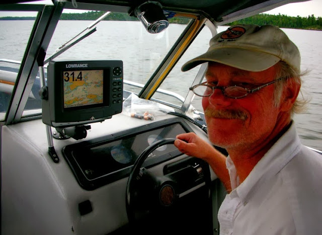 pa driving a boat