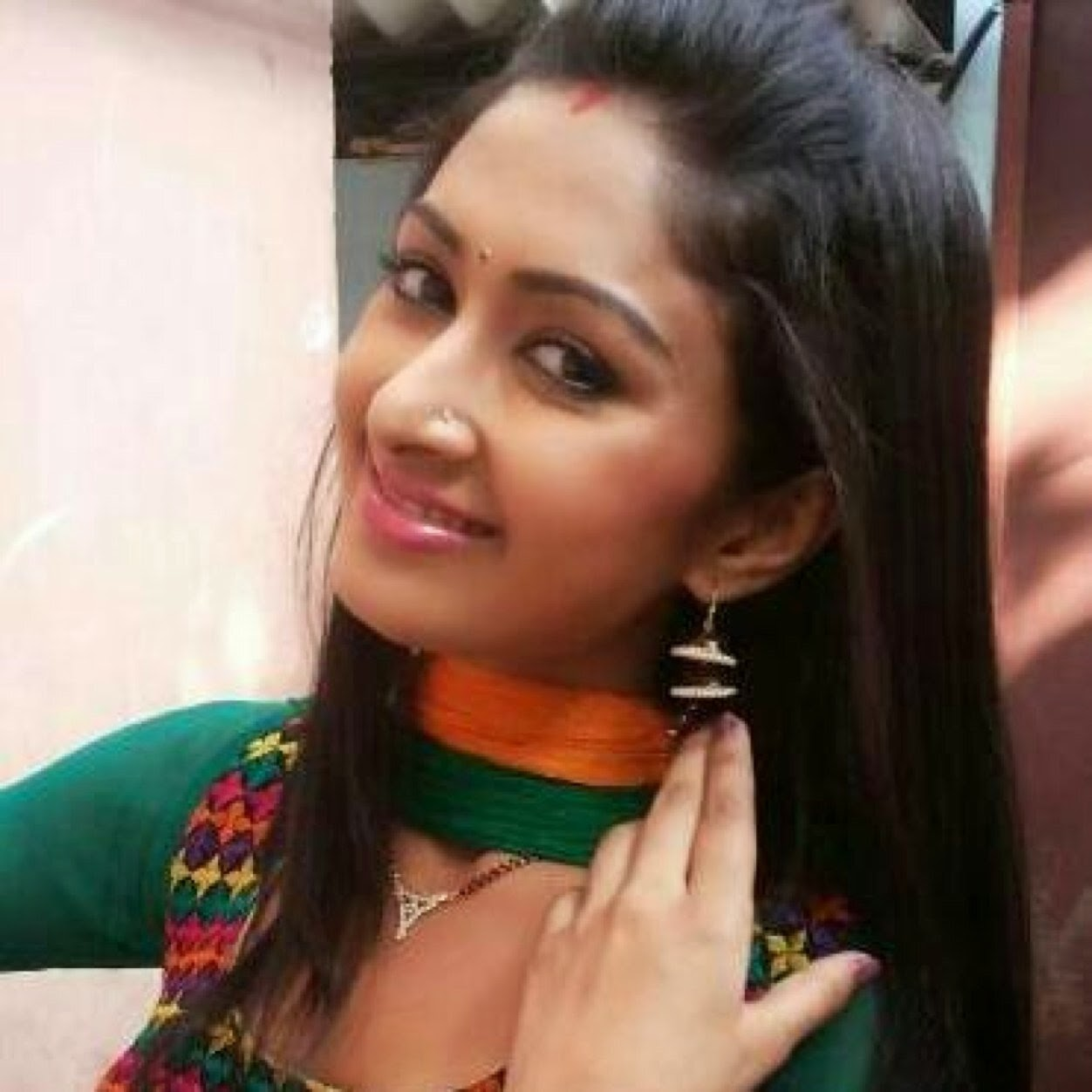 Farnaz Shetty HD wallpapers Free Download
