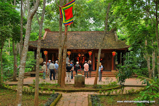Temple An Mã au Lac de Ba Bể - Photo An Bui