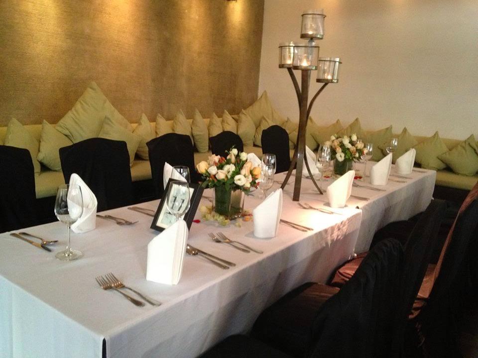 romantic wedding dinner