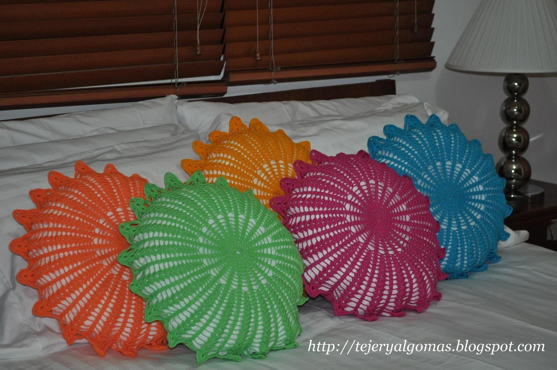 Mi Espacio!!!: Cojines crochet - Häkel Kissen - crochet pillow ...