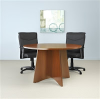 Talk About Chair - Small round meeting table