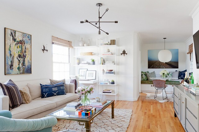 home-tour-a-young-designers-cheerful-eclectic-la-home-1519480.640x0c.jpg