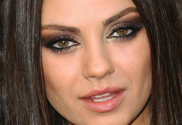 Mila Kunis makeup, smokey eyes , brown and gold makeup, maquilhagem olhos esfumados