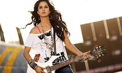 Katrina Kaif in 'Dhunki' from Mere Brother Ki Dulhan Movie