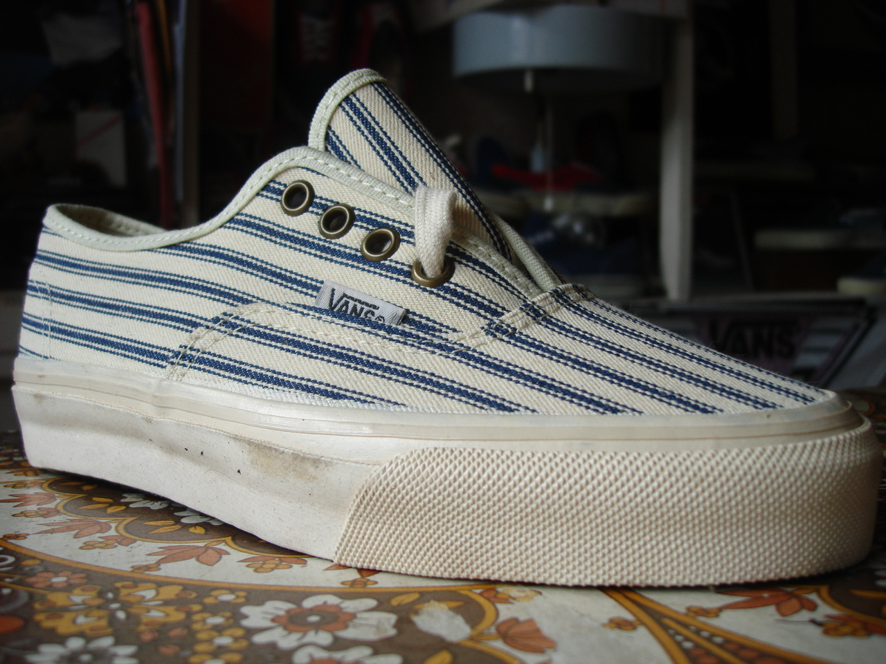 theothersideofthepillow vintage VANS teaking stripe denim AUTHENTIC style #4 -> Authentic Style Pin Teinte Miel