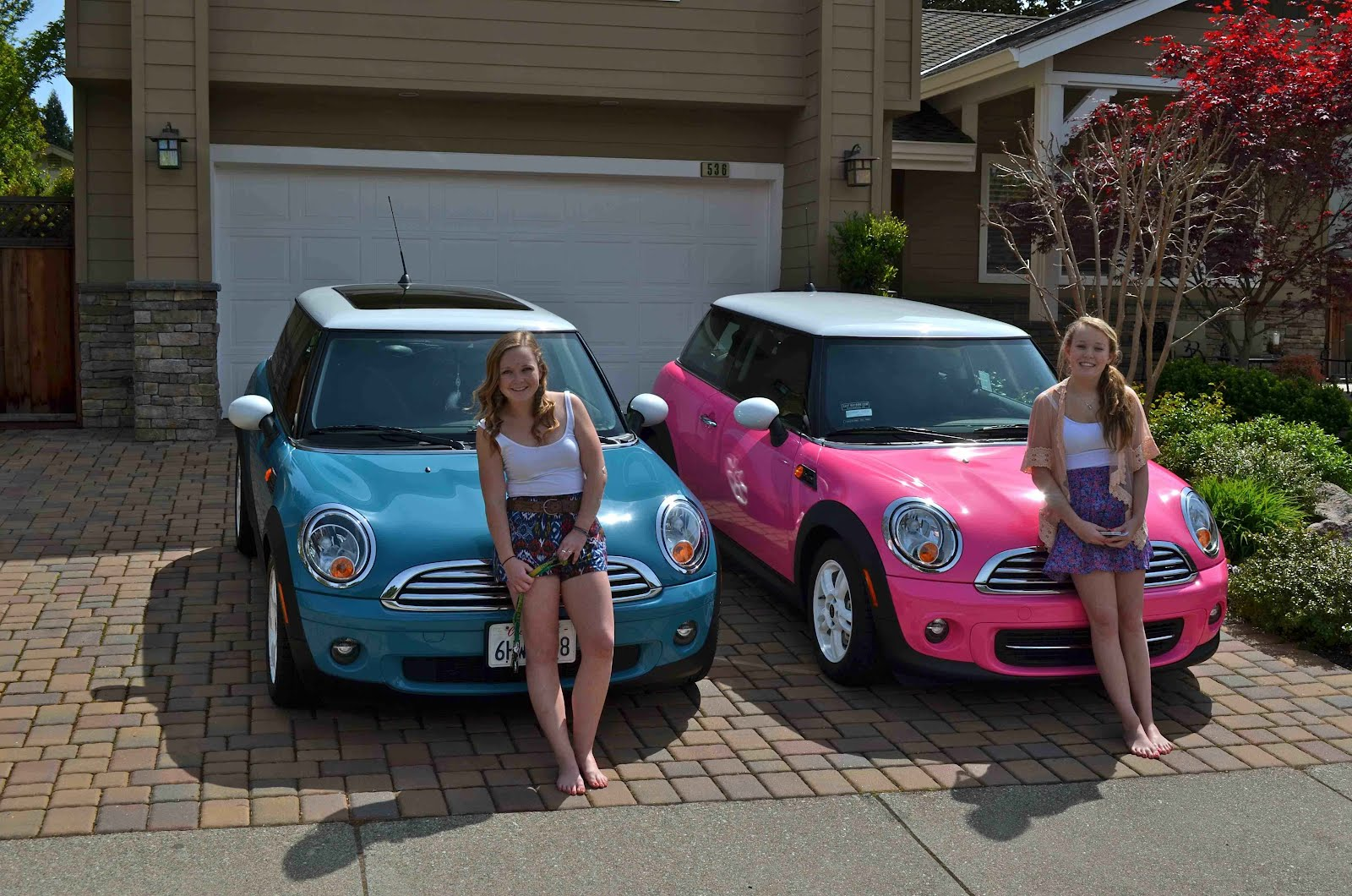 chrysler neon for sale html with Pink Mini Cooper Joins Garage on  furthermore Can in addition Lamborghini Logo further 32353891805 besides Scorpion Exo R2000.
