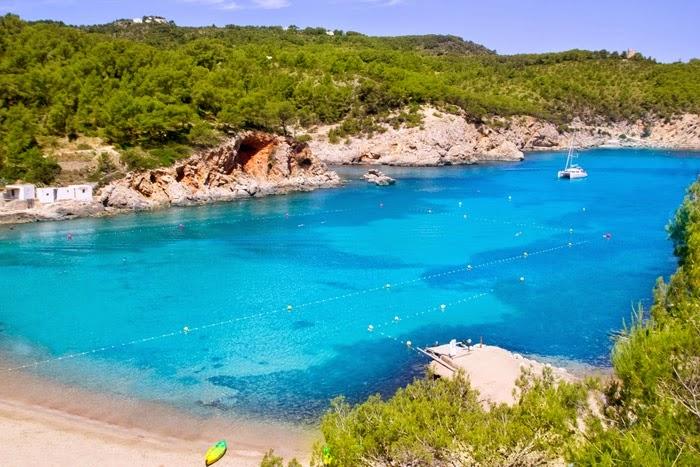 Kết quả hình ảnh cho Cala d'Hort, Ibiza, Tây Ban Nha