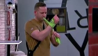 VV Attila és a zöld kendő