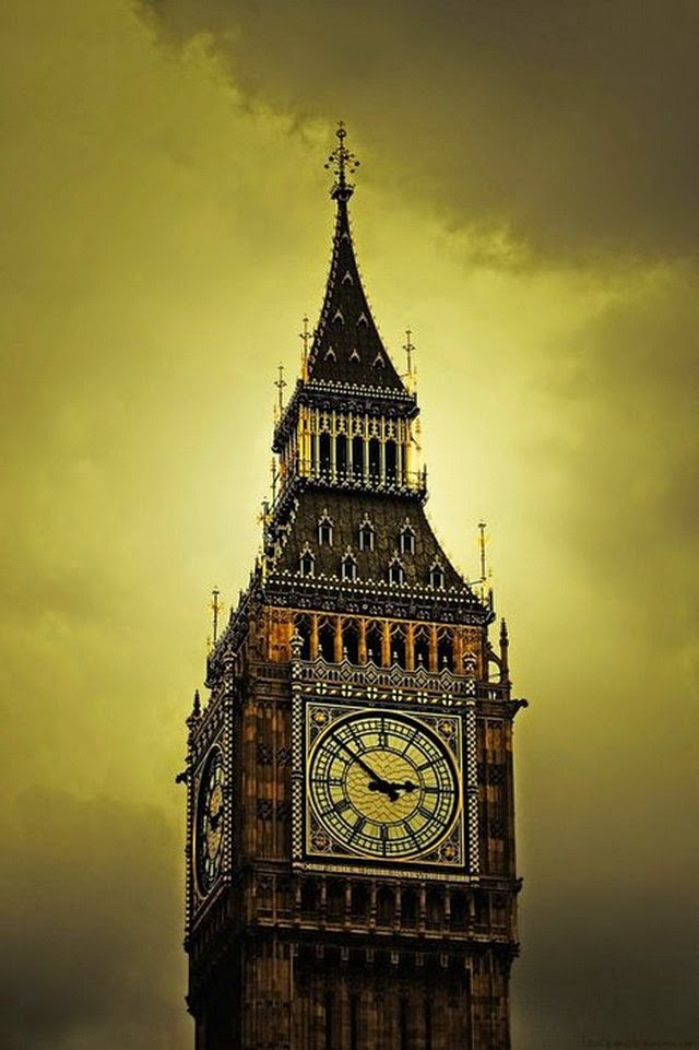 big ben yellow light