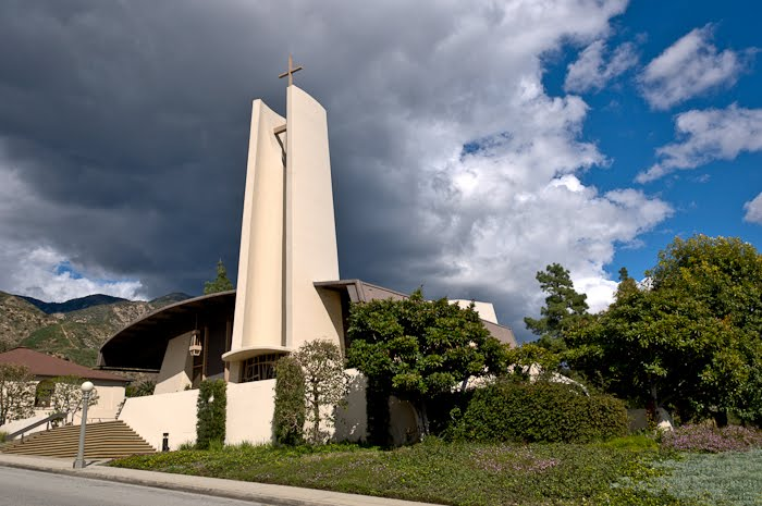 sierra madre catholic singles Sierra madre is a city in los angeles county,  roman catholic families contacted a priest from chicago, father m w barth, who had moved west for his health,.