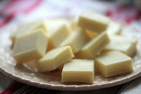 banh chocolate truffles kieu nhat