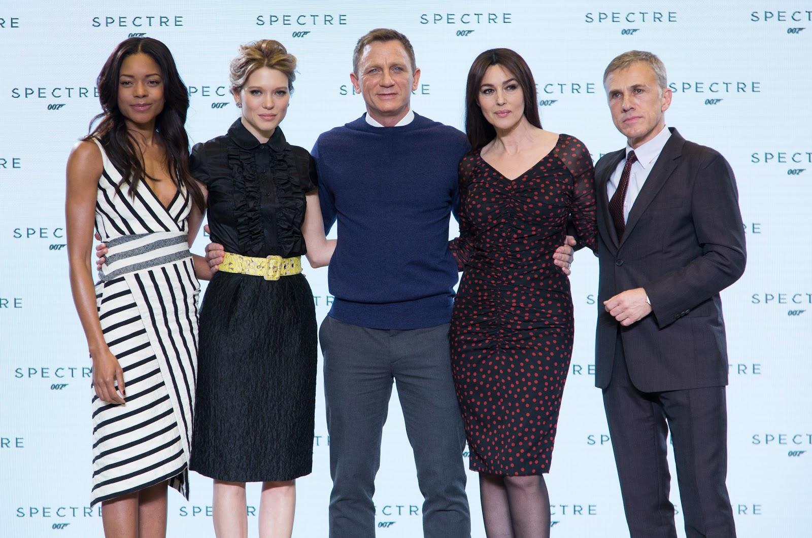 SPECTRE Naomie Harris, Léa Seydoux, Daniel Craig, Monica Bellucci, Christoph Waltz.