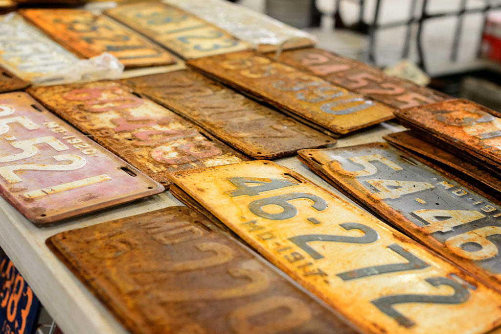 Vintage license plates at Sugarloaf Mountain Region AACA Swap Meet