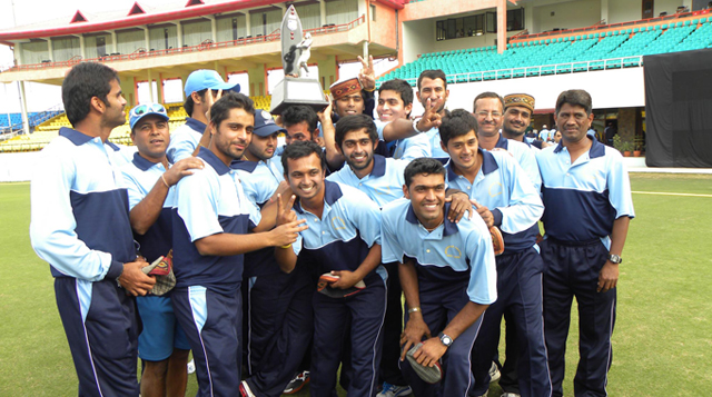 West-Zone-won-2011-12-Deodhar-Trophy