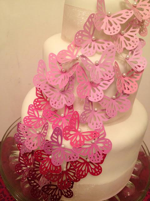Plastic Wedding Cake Stands