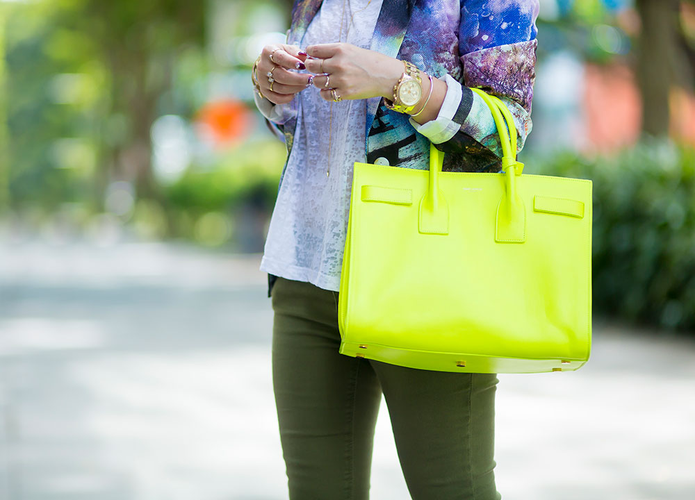 Crystal Phuong- Going green in neon Sac de jour bag