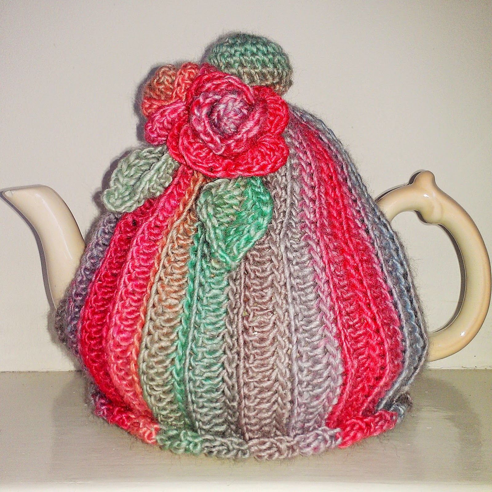 Free Crochet Pattern Small Tea Cozy : Craft a cure for cancer free tea cosy patterns: Crochet ...