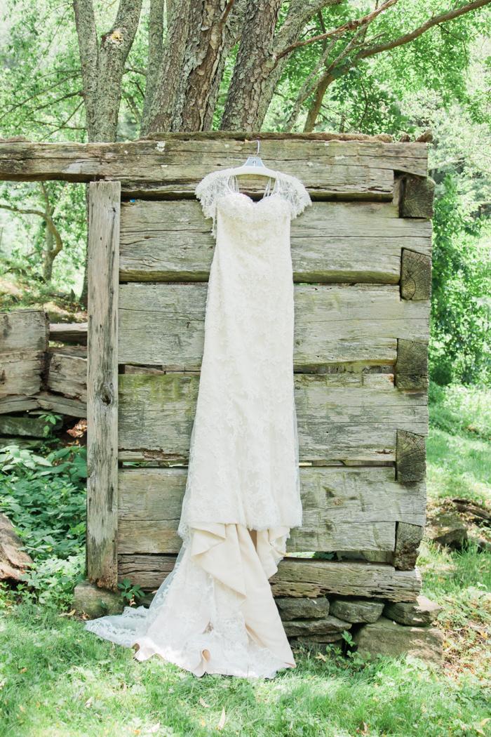 Wayfaring Wanderer: A North Carolina Backyard Farm Wedding