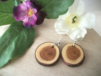 Lovely Wood Tree Branch Jewelry