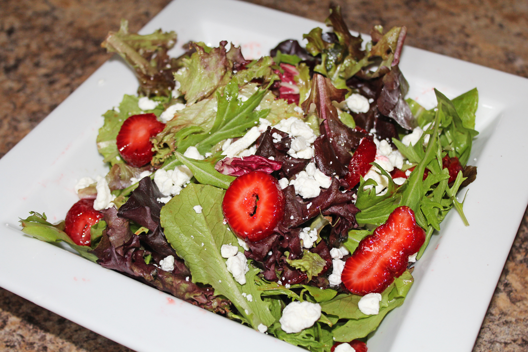Strawberry_and_Goat_Cheese_Salad.jpg
