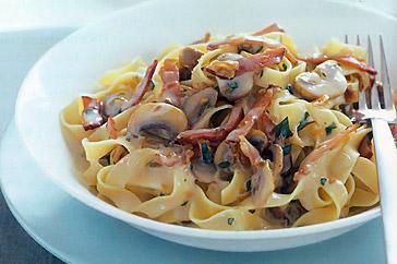 pasta, saus pasta, low fat, mie gepeng, mie pipih, bakmi, mie