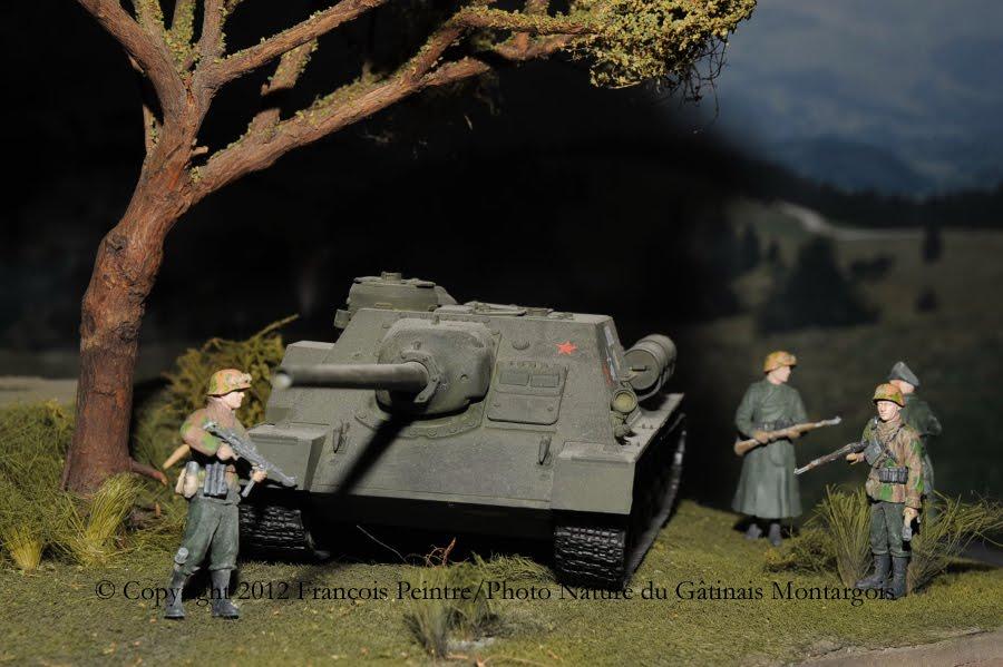 SU 100 chasseur de char SOVIET