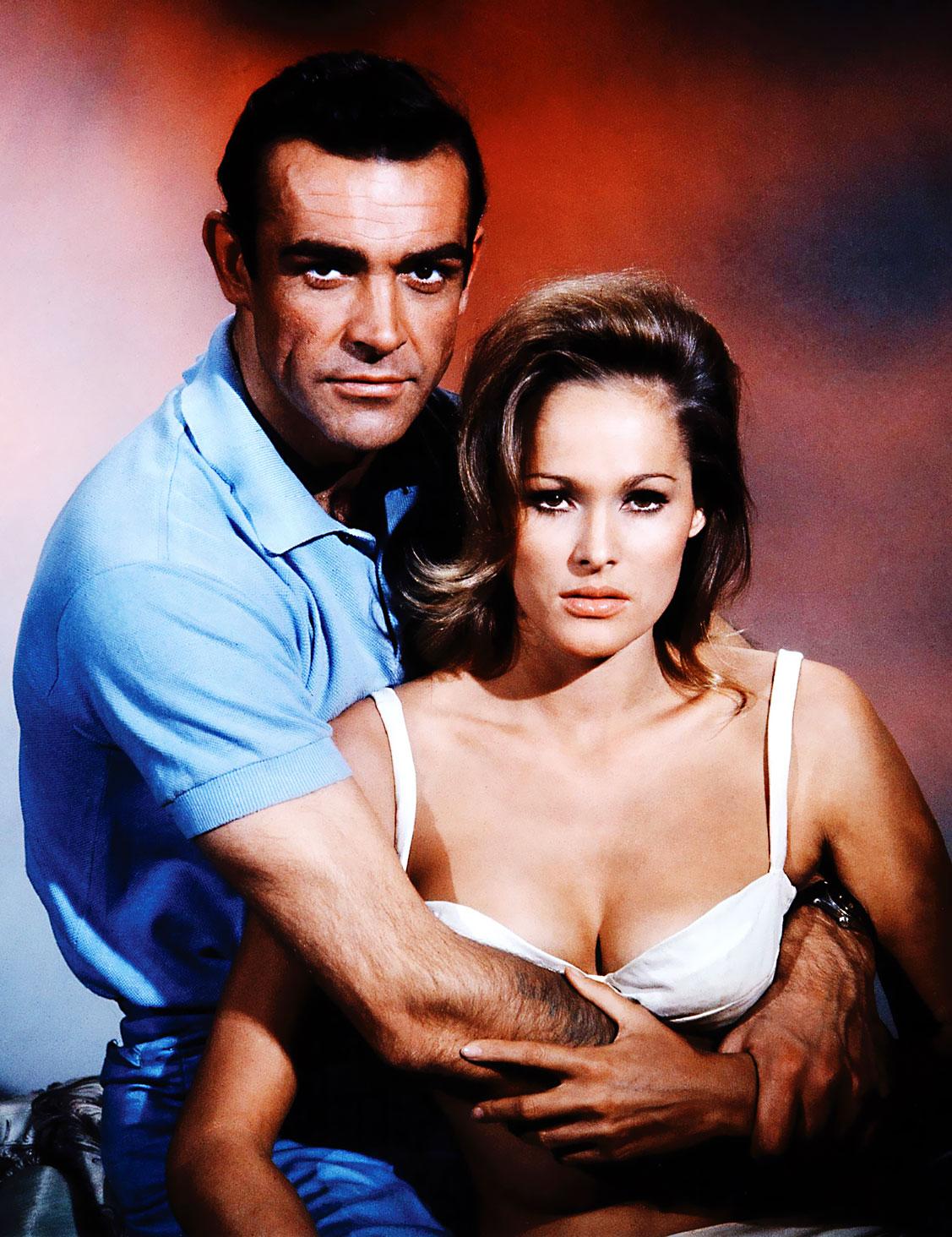 http://4.bp.blogspot.com/-NTSGEucTIkk/TfZFu8KI0QI/AAAAAAAAKgM/wiw4E3GeLhw/s1600/Sean-Connery-and-Ursula-Andres-Rolex-.jpg