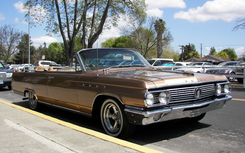 : Pleasanton Street Sighting - 1963 Buick Electra 225 convertible