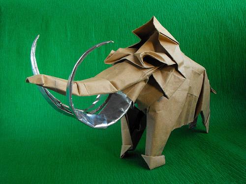 mamut origami papel