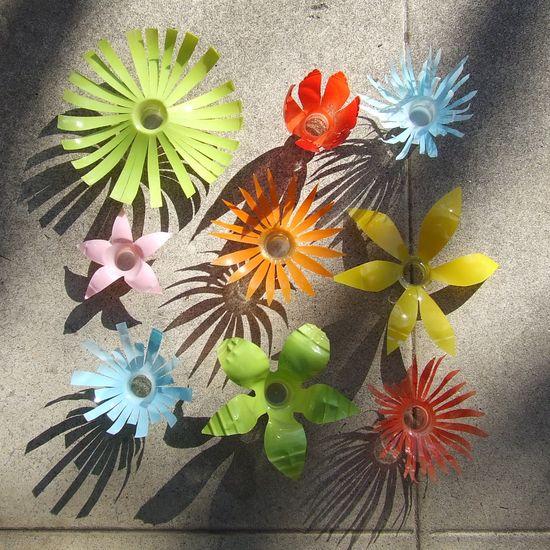 Minhas bolas de sab o flores feitas com garrafas de pl stico for Plantas decorativas de plastico