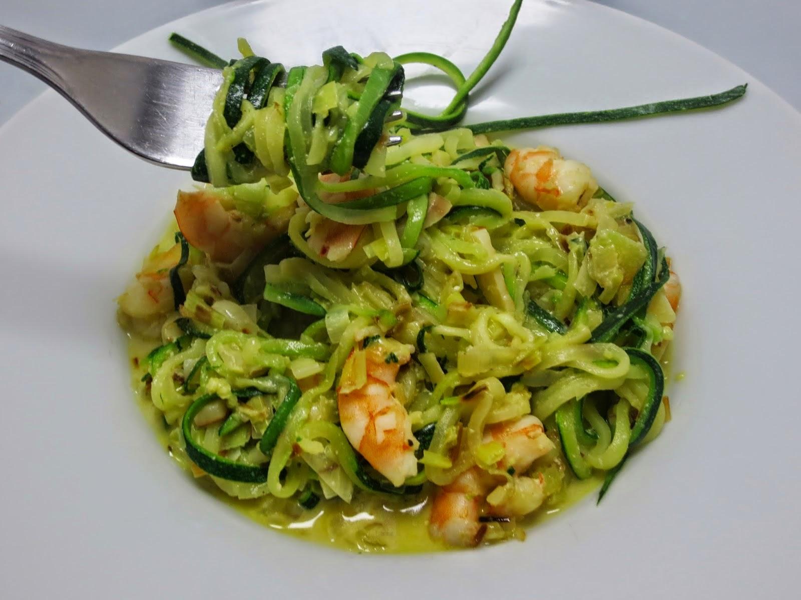 Espaguetis de calabacín con puerro y langostinos Ana Sevilla olla GM