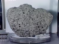 நிலவு உருவானது எப்படி ? Moon+rock+apollo+15hadley+apennine+sete+Mare+Basalt