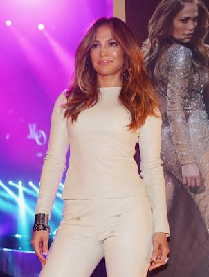 Jennifer Lopez - Queen JLO Beautiful