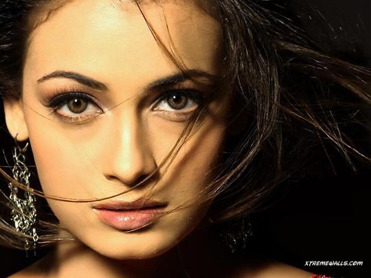 جميلات بوليود الهند  Dia-mirza-017-01