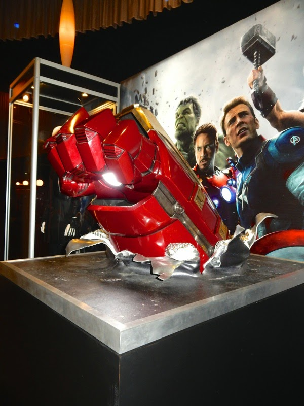 Avengers: Age of Ultron Iron Man Hulkbuster fist prop