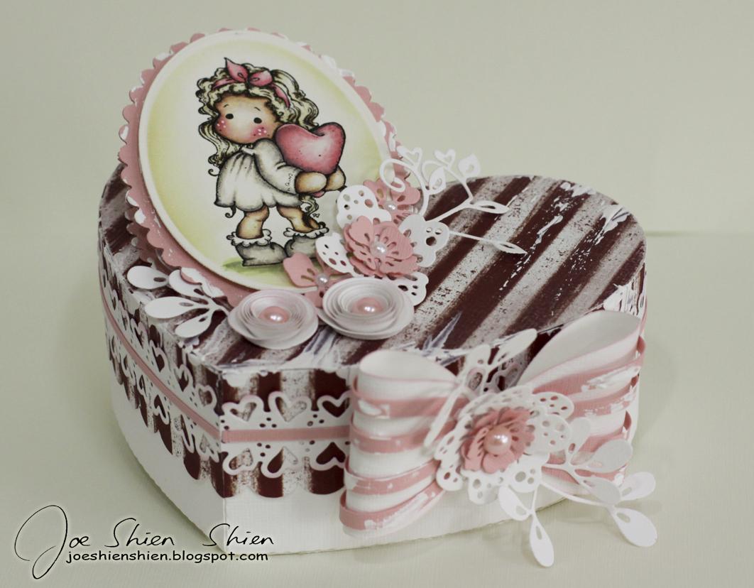 Shien s paper arts a happy anniversary gift box