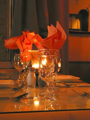 שולחן במסעדה רומנטית