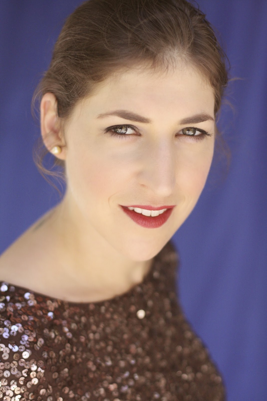 VeegMama interview with Mayim Bialik