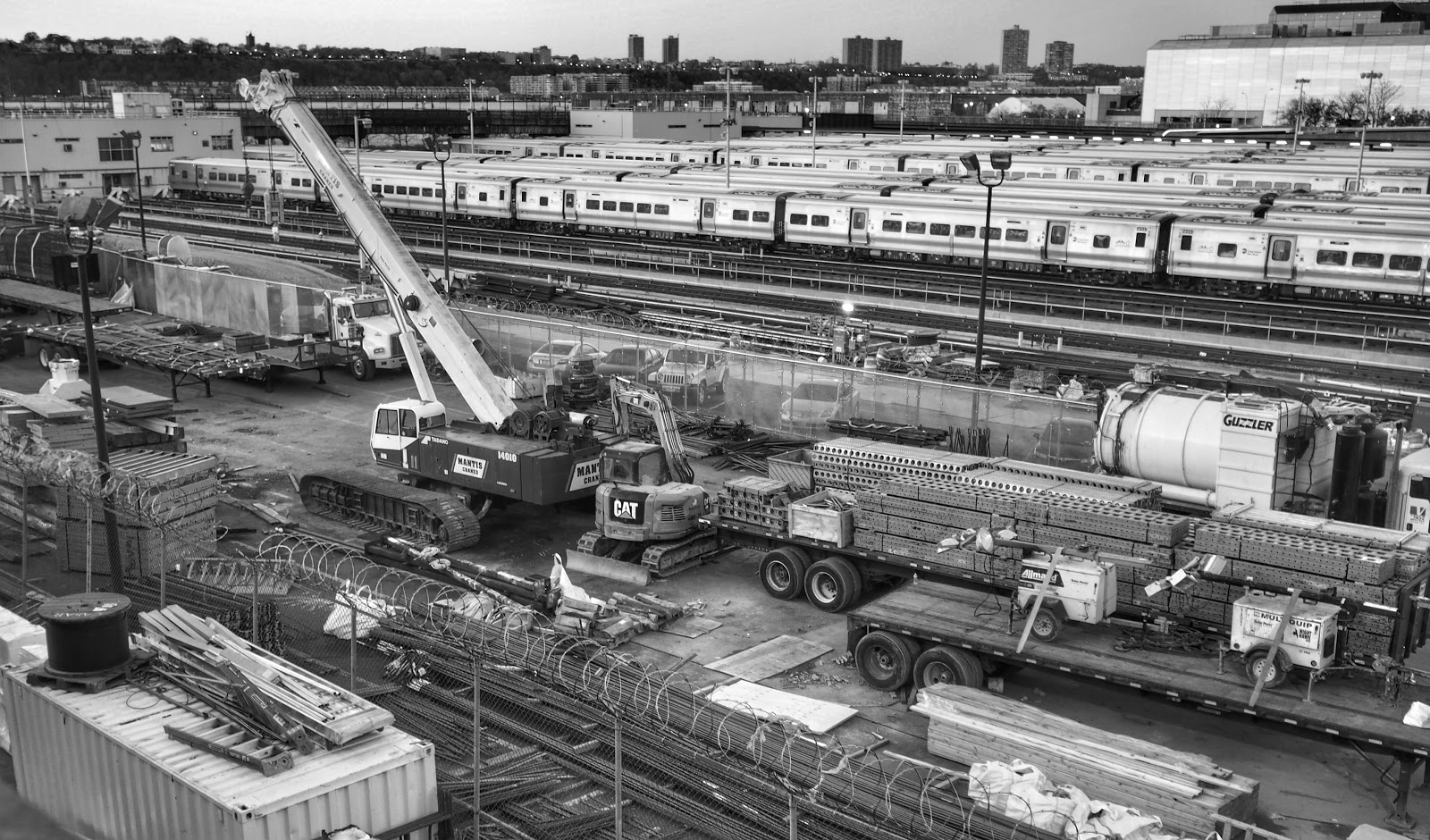 Construction Site Slice #constructionsiteslice - Black and White #blackandwhite #hudsonyards #construction # NYC ©2014 Nancy Lundebjerg