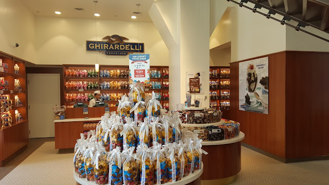 Ghirardelli Shop in the Wrigley Building