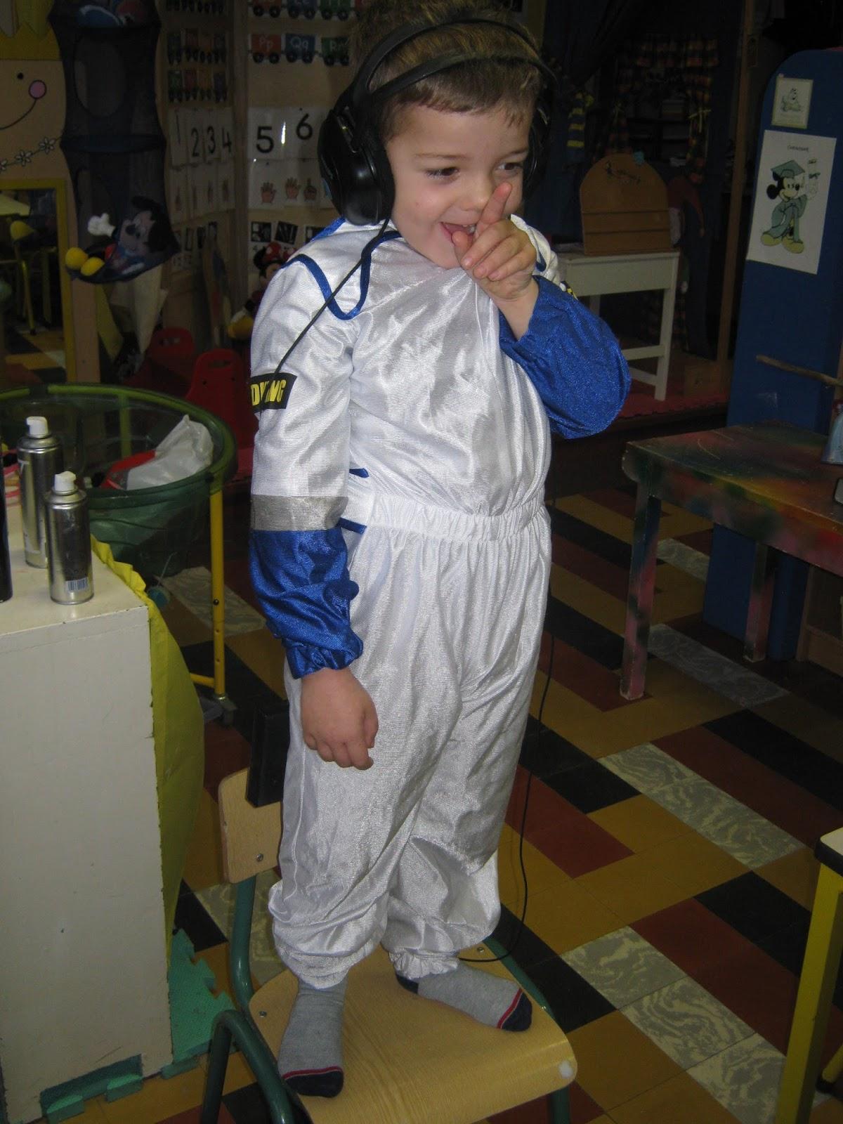 39 t belhameltje derde kleuterklas thema in de ruimte - Hoe hij zijn teen ruimte organiseren ...