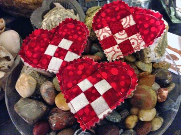 quilted Valentine's Day pins
