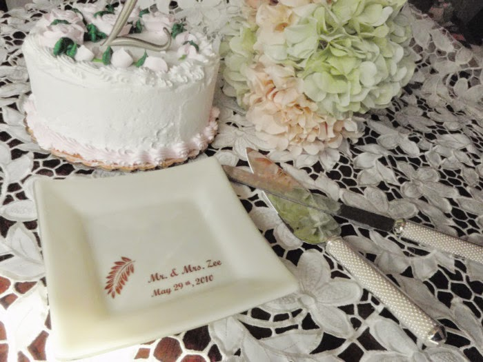 https://www.etsy.com/listing/193882148/wedding-cake-plate-glass-cake-plate?ref=pr_shop
